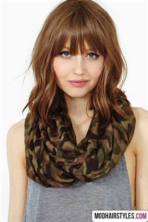 hair styles without bangs best 25 medium hairstyles with bangs ideas on pinterest