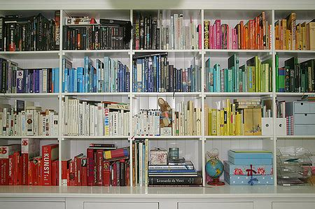 everyone needs to declutter a collection of writings to take you through decluttering working up to it getting through it and maintaining it books declutter with these 5 clutter busting strategies