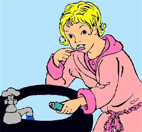 imagenes de niños lavandose los dientes imagenes de ni 241 os lavandose los dientes para colorear imagui
