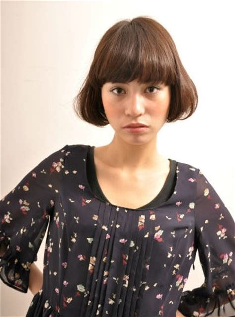 short cut with chinese bang short japanese hairstyle with blunt bangs hairstyles