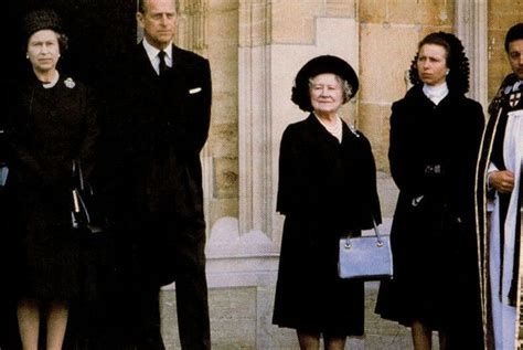 Diana Burial by Wallis Simpson Funeral Royals The Queen Mum Pinterest