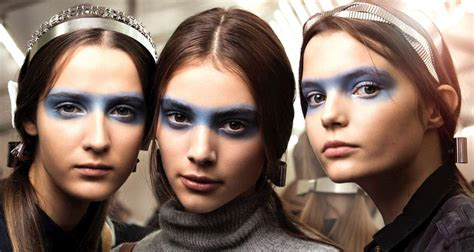 Makeup Trends 2015 Spring Summer Amic News | chanel spring summer 2016 ready to wear show backstage