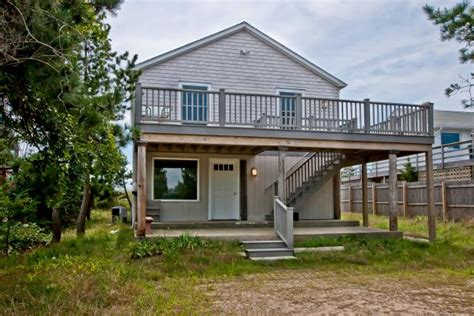 tiny house with tiny home offices hgtv s decorating tour a beach cottage in westerly r i hgtv com s
