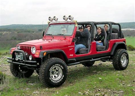 Jeeps With 3rd Row It S A Stretched Jeep 4 Seats And A Bench In The