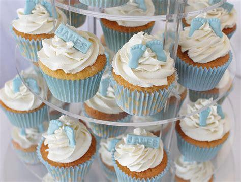 baby blue christening cupcakes
