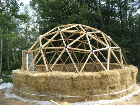 Straw Bale Shed Plans by Green Cheap And Efficient Straw Bale Dome Homes