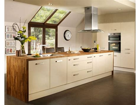 Island Style Kitchen by Greenwich Cream Kitchen Rutland Kitchens And Bathrooms