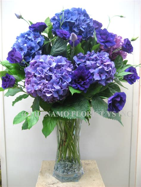 blue hydrangea flower arrangements 1000 images about table centerpiece on