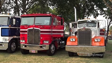 kenworth peterbilt peterbilt kenworth mack trucks leaving