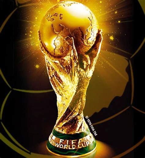 Trophy Piala Sepakbola Juara 1 2 3 Pemain Terbaik kumpulan artikel olahraga