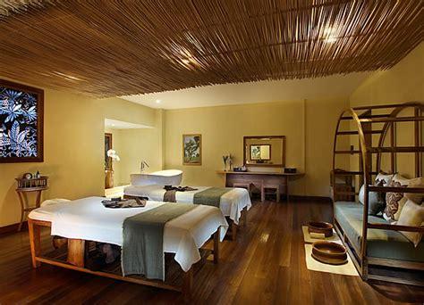 treatment rooms bamboo spa  loccitane