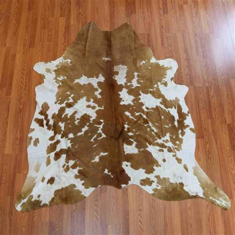 White Cowhide Rugs For Sale by Brown And White Cowhide Rug For Sale Sw4460 Safariworks