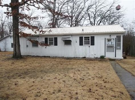 home in town for sale in yellville ar mountain and ski 792 mc 2028 rd yellville arkansas 72687 reo home details