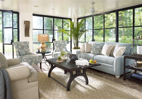 Thomasville Living Room Furniture Thomasville Bedroom Furniture Living Room Traditional With Accent Tables Built In
