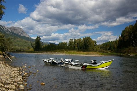 drift boat fishing guides fly fishing guides on the elk river freestone fly angler
