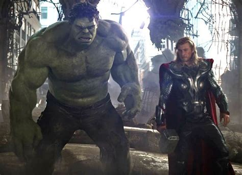 thor movie franchise hulk confirmed to appear in thor ragnarok
