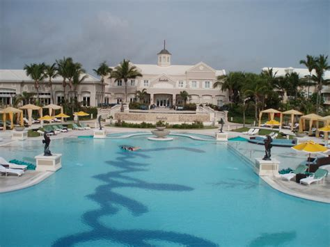 sandals exuma bahamas eztravelpad greg norman golf academy at sandals emerald bay
