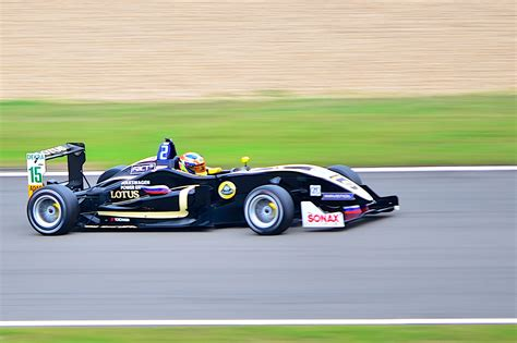 Formel 3 Auto by File Formula 3 Cup Car 5 Jpg Wikimedia Commons