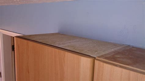 how do you clean kitchen cabinets do you have a clean kitchen is your cabinet top clean too