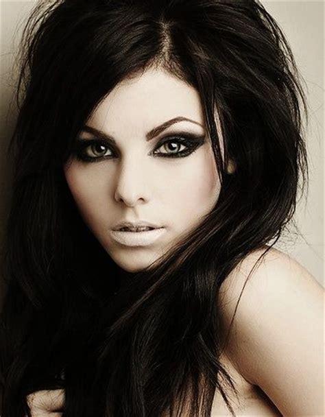 hairstyles for black hair pale skin 196 best fair skin dark hair images on pinterest hair