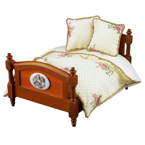 rose bed reutters wooden bed with rose bedding