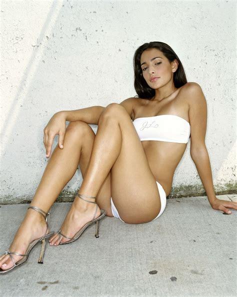 Natalie Mendoza Naked - model natalie martinez hot hot model hot actress hot pics