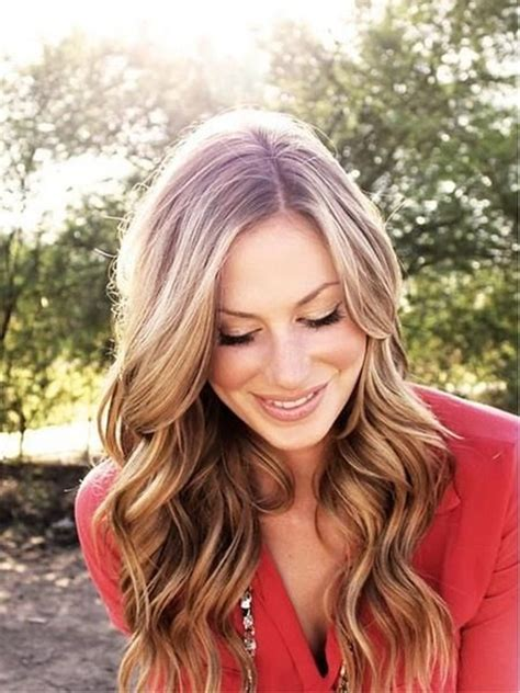 curly hairstyles that make you look thinner 40 attractive wavy hairstyles for long and short hair