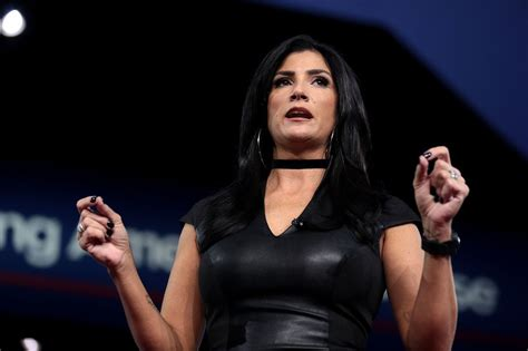 dana loesch tattoos 11 nra tattoos loesch wears a quot no maam