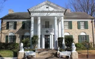 elvis graceland mansion by rod andress