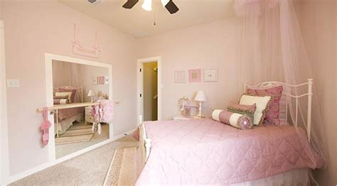 bedroom dancing ballet bar guinevere s big girl room pinterest