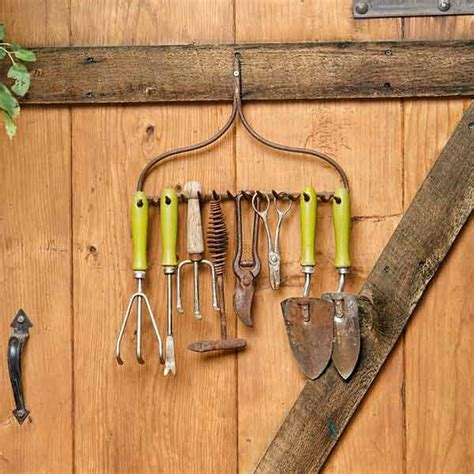 25 Awesome Garden Storage Ideas For Crafty Handymen And Garden Tool Storage Ideas