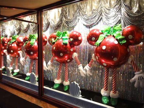christmas 2012 shop window displays at disney s hollywood