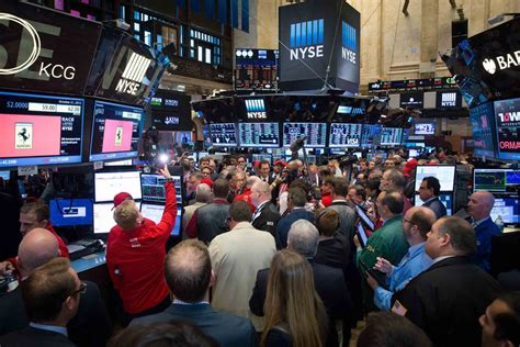 porsche ticker symbol stock debuts on nyse as quot race quot