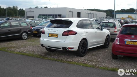 2013 porsche cayenne turbo s price porsche 958 cayenne turbo s 25 june 2013 autogespot
