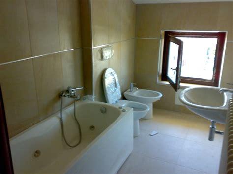 bagni moderni con vasca idromassaggio foto bagno zona notte con vasca idromassaggio di cpm