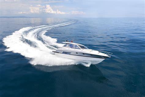 speedboot köln speedboot fahren ab 19 187 hochstimmung schenken
