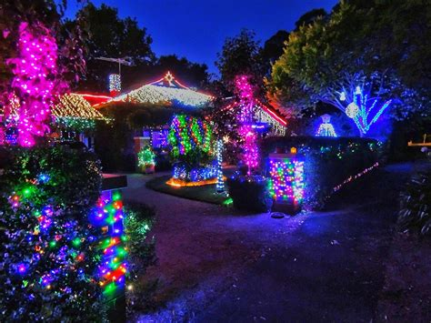 28 best things to do with christmas lights christmas
