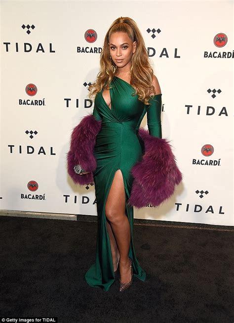 beyonce kim kardashian top off beyonce throws shade at kim kardashian in new track top