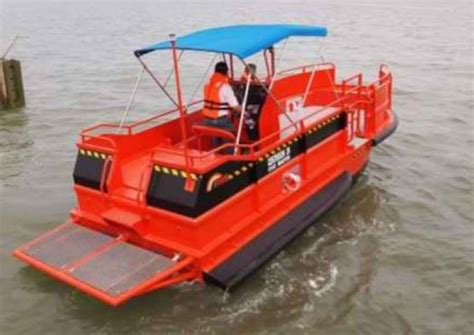 fast used boats five ab e centurion 26 fast dive support boat commercial