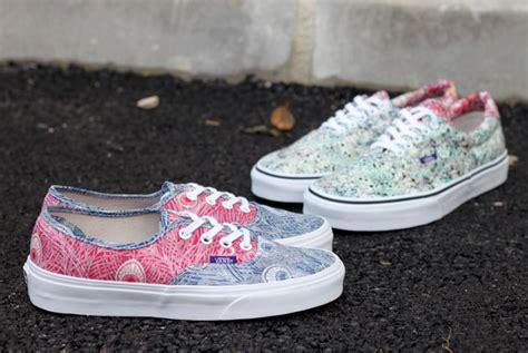 Vans Authentic Motif 10 vans liberty 2013 sneakers fr