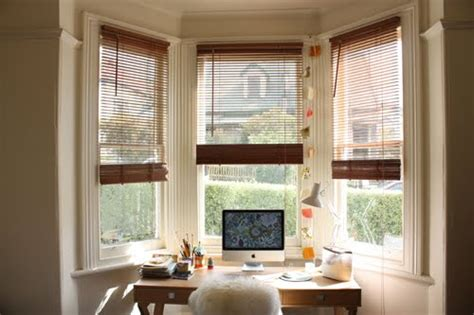 How To Decorate A Bow Window bay window decorating ideas shelterness