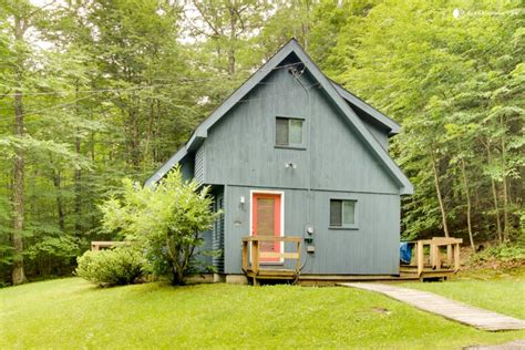 Pet Friendly Cabins In Vermont friendly cabin in dover vermont