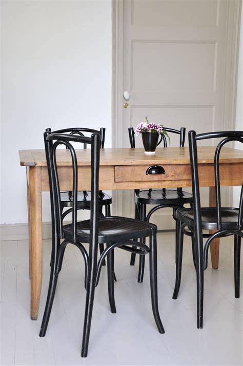 Table De Salle A Manger En Bois 752 by Fauteuil 171 187 480 00 Objet Maison