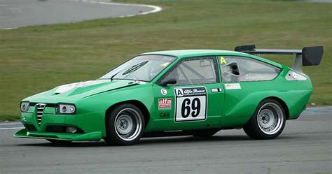 alfa romeo montreal race alfa romeo gtv6 race car builder chris snowdon
