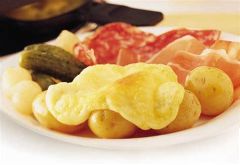 Definition Raclette by Queijos Especiais Raclette Um Prato Que Est 225
