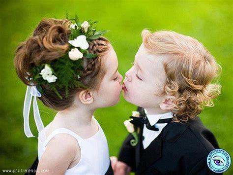 wallpaper cute kiss kids love images and wallpaper