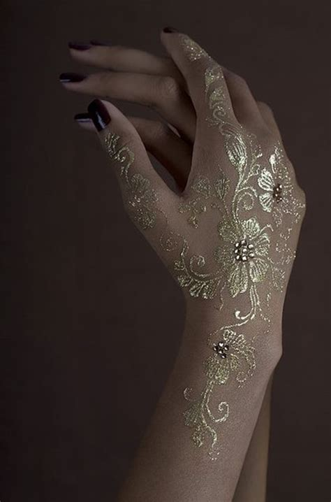 henna metallic temporary tattoo 99 ultraviolet tattoos that really shine