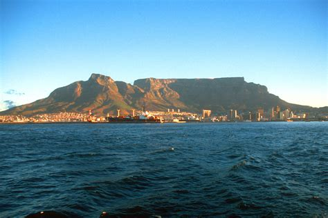 table top mountain south africa table mountain in south africa travelrated