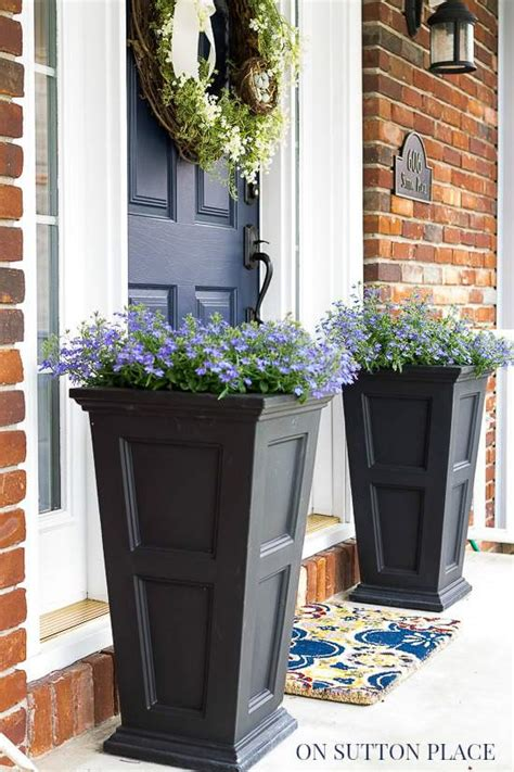 planters for front porch 5 easy ways to refresh your front door on sutton place