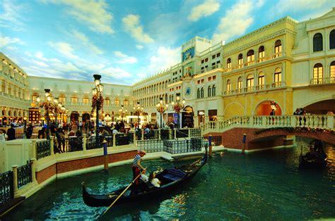 gondola boat ride las vegas gondola ride at the venetian hotel and casino